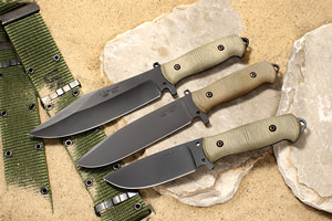 DM-1 High Carbon Non-stainless Steel Article - Sandbox Knife Series