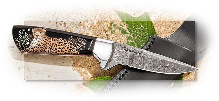 Gaétan Beachamp Damascus Full Tang Fixed Blade with Leopard Scrimshaw on Water Buffalo Handle Scale