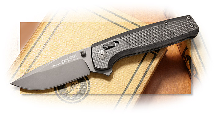 SOG - TERMINUS XR LTE - G-10 HANDLE WITH CARBON FIBER LINES - GRAPHITE TINI COATED BLADE